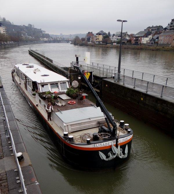 Vive 2015, avec l'espoir d'être au service du plus grand nombre d'usagers à l'entrée de la Haute-Meuse  ;)