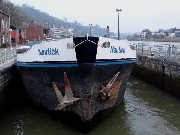 NAUTIEK, l'unique de la pause matinale... sur la haute-Meuse  :(
