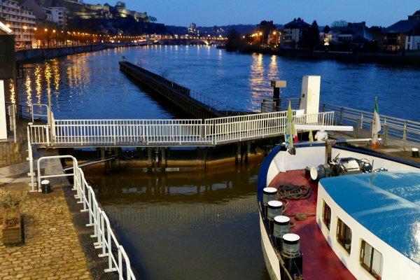 """Un mois de mars au faible trafic sur la Haute-Meuse ...   :(      Suivez l'actualité sur le groupe Facebook """"Meuse namuroise""""    ;)"""