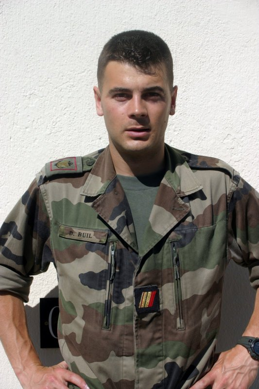 Hommage au  sergent  Damien Buil