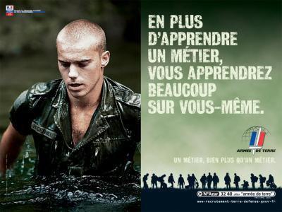 Souviens toi que des hommes se sont battus et sont morts pour que tu  sois libre et vive dans un monde de paix