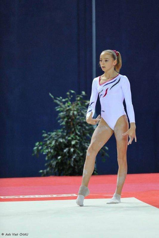 Blog de Gymnastique-1996 - Page 25 - Ici il y aura toute les ... 91c5d101e73