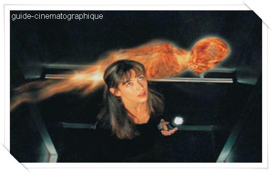 Belphégor, le fantôme du Louvre (2001)