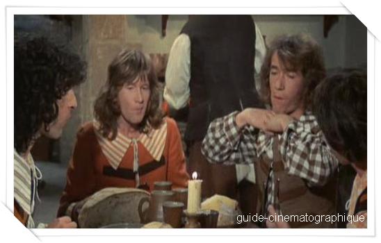 Les Charlots en folie : à nous quatre cardinal ! (1974)