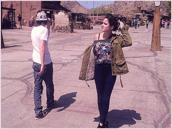 01.04.2013 - Martina et sa famille était dans leur village d'origine, Grachi.