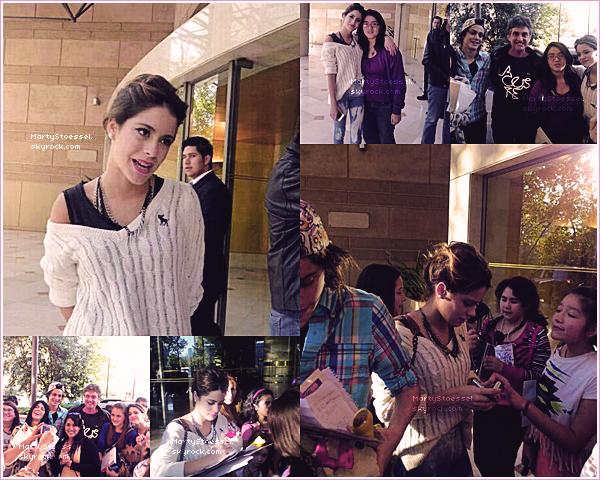 08.04.2013 - Martina devant son hôtel «Hyatt» au Chili.