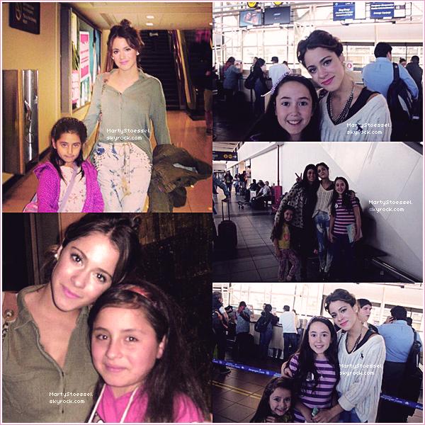 Martina avec des fans durant son séjour au Chili.