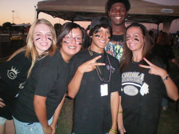 Amber, Maria, Alex, Omar derriere, and me !