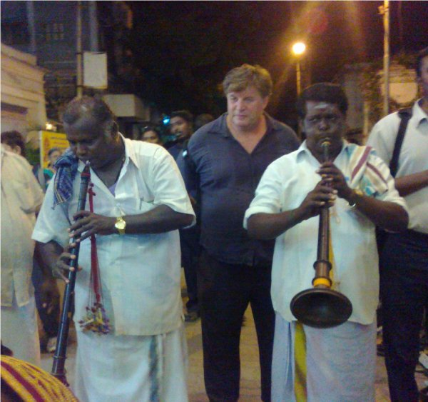 VISITE DU TEMPLE DE PONDICHERRY AVEC NOS AMIS MUSICIENS