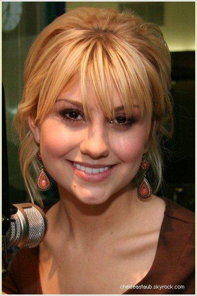 """- Le 29/04/2009 - Chelsea était présente a la Radio Disney pour y donner une interview. Voici la vidéo correspondante à l'interview (la traduction est de moi-même) - Chelsea était présente dans l'émission  « KTLA Morning News » le 30 avril dernier. (vidéo) Chelsea a écrit sur son Myspace : « J'ai vraiment apprécié mon matin à """"KTLA"""", commençant avec une salutation avec Josh Duhamel. Pourtant, il y a une chose que j'ai réalisée aujourd'hui : a chaque fois je dois apparaître, quelques moment important dans l'histoire américaine arrivent cette même heure. [...] je n'apparaîtrai plus le matin je crois. »"""
