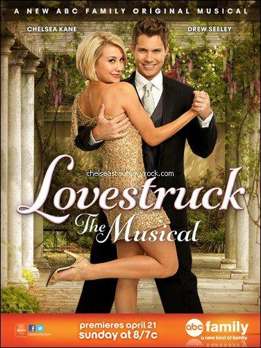 Zoom sur le film « Lovestruck The Musical », une comédie musicale pour la chaîne ABC Family, dans lequel joue Chelsea.