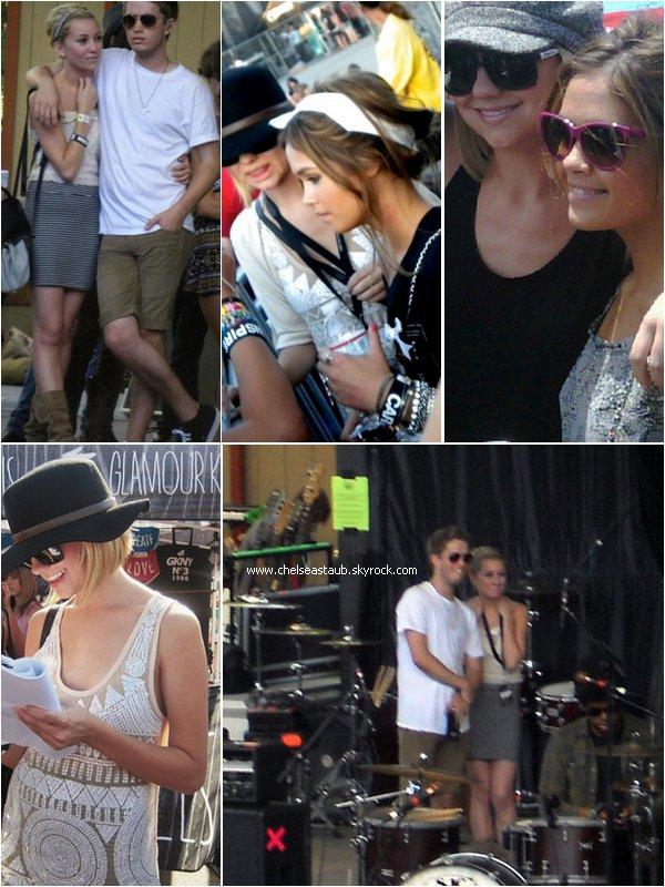 - Du 25/06 au 27/06  Chelsea était au « Warped Tour 2010 » à Mountain View (CA) avec Nicole Anderson et les Summer Set.  ------------------------+ vidéo -