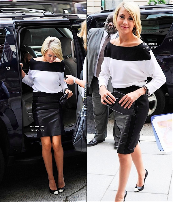 15/07/11 - CHELSEA KANE ARRIVE AU « NATIONAL PRESS CLUB » A WASHINGTON DC.
