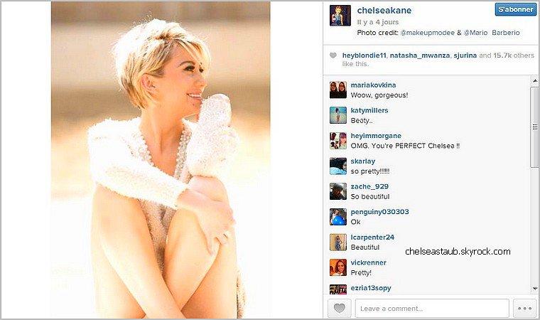 Chelsea a posté une photo issue d'un nouveau photoshoot par Mario Barberio sur son Twitter le 23 juillet. Qu'en pensez-vous ?