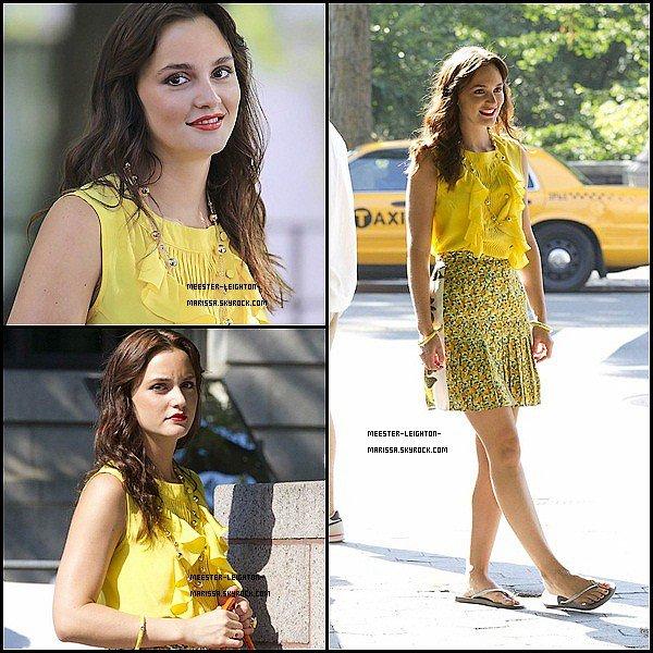. 7 juillet 2011: Voici des photos de Leighton sur le set de Gossip Girl, le tournage de la saison 5 à commencé ! Elle est plus rayonnante que jamais !   .