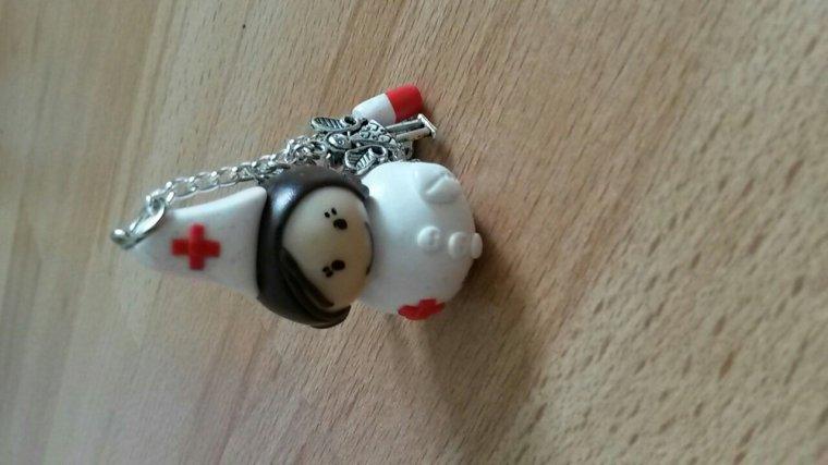 Porte clés infirmière personnalisé