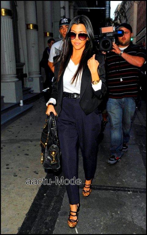 ● Kourteney Kardashian ●