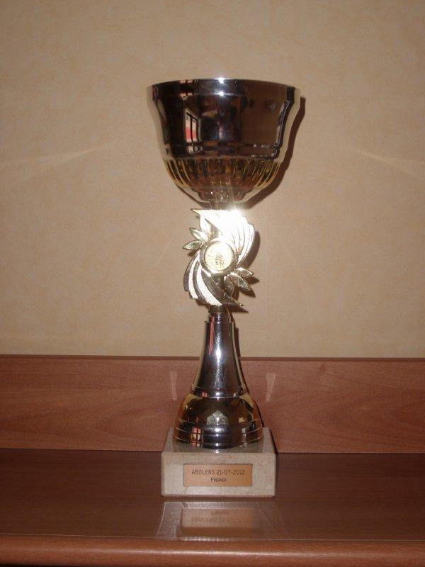2 eme trophée pour la team.