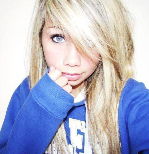 Blog de xemma x blog d 39 une blonde aux yeux bleu - Fille swag 12 ans ...