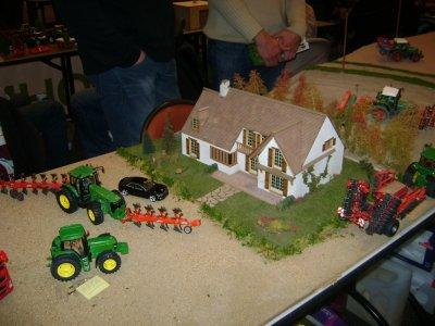 Exposition de miniatures agricoles à Ardon 2011