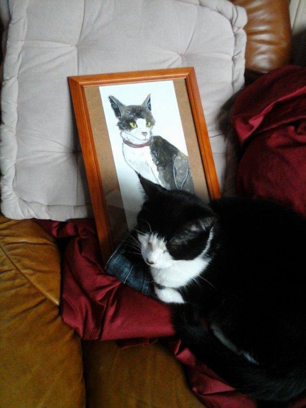 Egocentrisme, depuis que Chouchou à son portrait elle pose à côté..