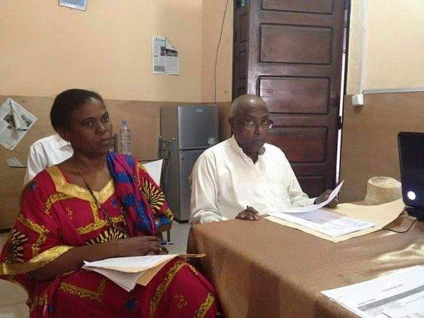 Emission spéciale faite en comorien par Abdallah Abdou Hassane à la Radio Labaraka-FM sur le procès de la redactrice d'alwatwan et son Directeur