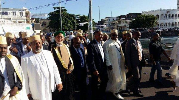 MEETING DE CLOTURE DU CANDIDATA AZALI : Azali Prône pour un Etat fort