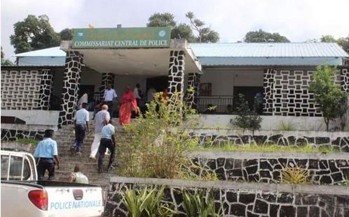 Un français arrêté pour trafic de faux papiers aux Comores