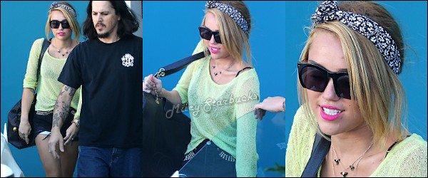 25/06  Miley chez le coiffeur