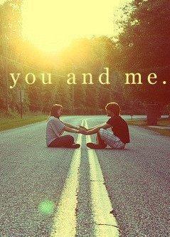 """"""" Tu me fais tourner la tête, mon manège à moi, c'est toi ..."""