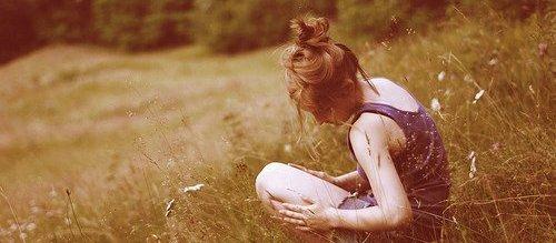 """"""" C'est seule que je compose la mélodie de notre romance ..."""