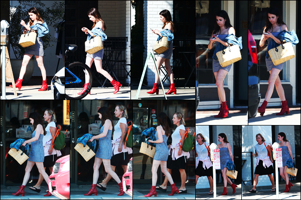 . 28.07.17 -Emma Roberts   en compagnie d'une amie,a été aperçue quittant un dîner au« Joan's On Third» à West H ! Après un petit moment sans nouvelles, notre belle actrice a été aperçue quittant un restaurant de WH. J'adore cette petite robe.. Un top ! .