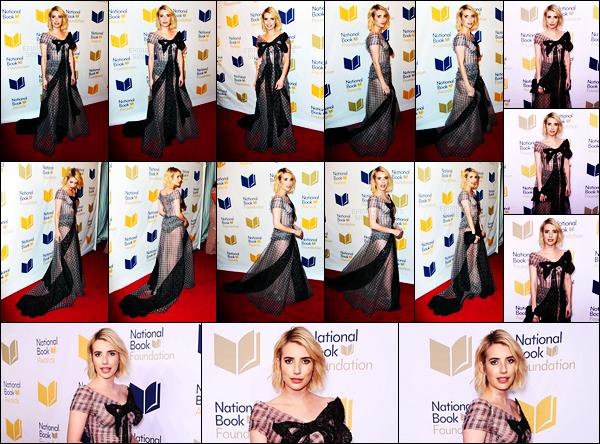 . 15.11.17 - Emma Robertsétait présente lors des « 68TH National Books Awards» ayant lieu dans la ville deNew York ! Emma était très jolie lors de cette soirée, je ne suis en revanche pas fan de la robe qu'elle a choisie, c'est un petit bof ! J'adore le makeup .