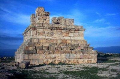 Tombeau de roi amazigh Massinissa à El-Khroub près de Constantine algérie