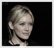 Source sur la sublime Hilary Duff <3