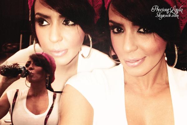 Flashback : Layla avait postée 3 magnifique photo d'elle sur son compte Twitter.