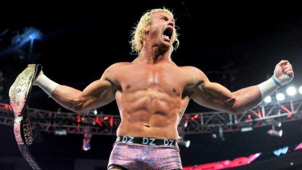 Rock bléssé ; The Shield s'attaque a l'Undertaker ; Ryback et Henry veuleut le titre de Cena et tous les resultats de RAW