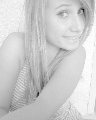 Mélissa, ma cousine, mon modéle  ! ♥