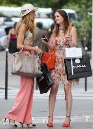 Celui qui a dit que l'argent ne fait pas le bonheur, ne savais pas où faire les boutiques.