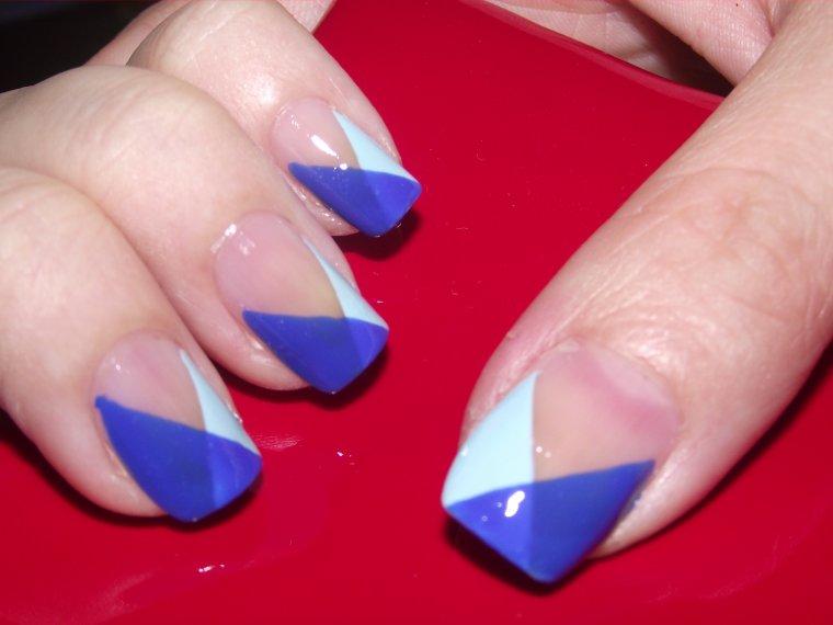 Bleu géométrique