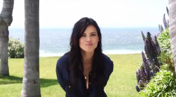 Encore le 17 mai Adriana toujour présente pour Victoria's secret