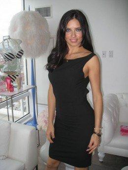 Le 20 Mai 2011 : Adriana pour fashionista