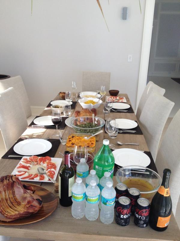 Le 24/11/2011 : Via le twitter d'adriana lima