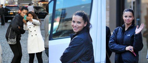 Le 4/12/2012 : Adriana dans le district de New-York sortant de son hôtel