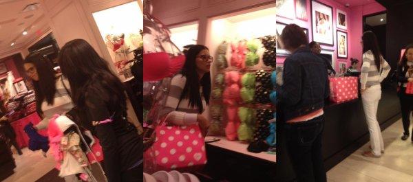 Le 24/12/2012 : Adriana dans une boutique VS