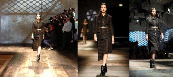 le 21/2/2013 : Adriana défilant à Milan pour Prada