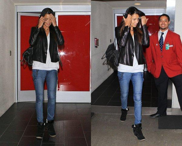le 13/05/2013 : Adriana à l'aéroport de L.A