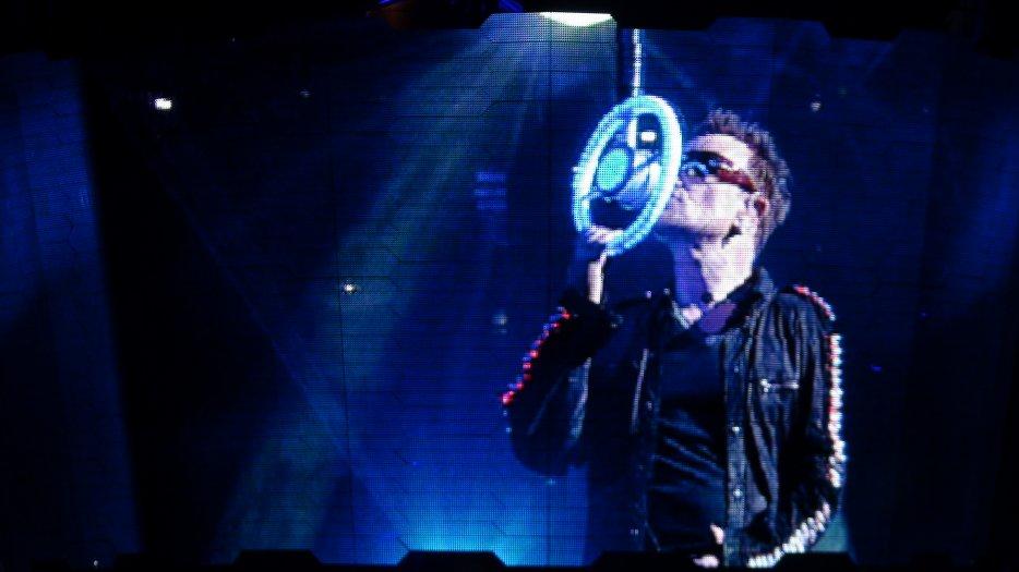 <3 U2 <3 U2 <3 U2 <3
