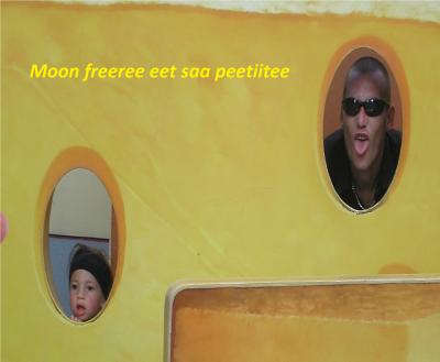 Moon freeeree eet saa peetiitee