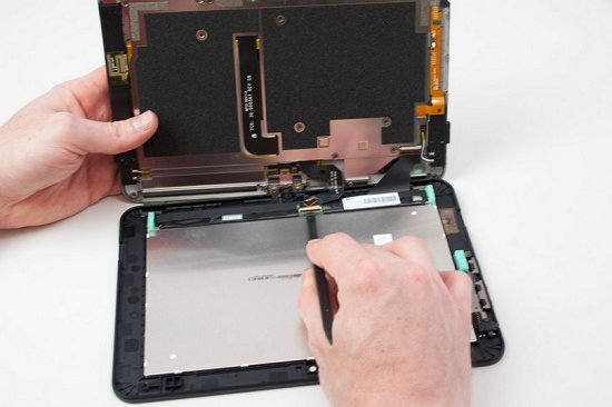 Kindle Fire HD 8.9 dismantling major components manufactured by Samsung